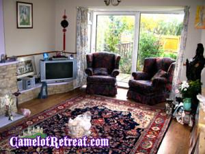 Lounge Camelot Retreat